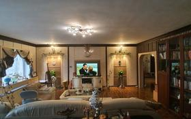 2-комнатная квартира, 87 м², 6/12 этаж, мкр Юго-Восток, Республики 1/3 за 18.5 млн 〒 в Караганде, Казыбек би р-н