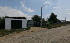 4-комнатный дом, 65 м², 15 сот., Нукаева за 6 млн 〒 в Усть-Каменогорске