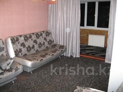 2-комнатная квартира, 50 м², 3/5 этаж посуточно, Академика Бектурова 77 за 9 000 〒 в Павлодаре
