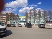 Здание, площадью 742 м²