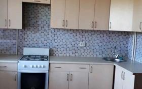 2-комнатная квартира, 72 м², 2/5 этаж помесячно, Кизатова за 85 000 〒 в Петропавловске