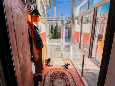 6-комнатный дом, 222 м², 6.5 сот., Розыбакиева — Журавлева за 75 млн 〒 в Алматы, Бостандыкский р-н