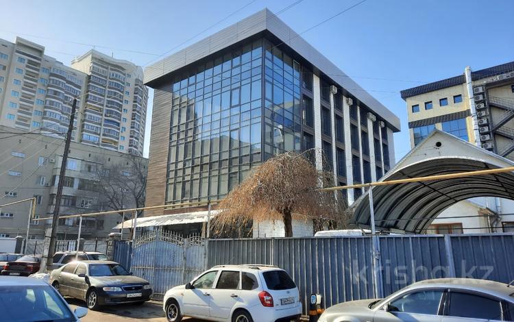 Здание, площадью 1600 м², Жандарбекова 127 за 800 млн 〒 в Алматы, Бостандыкский р-н