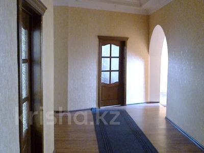 10-комнатный дом, 500 м², 11 сот., Ихшанова 37 за ~ 52.8 млн 〒 в Уральске — фото 10