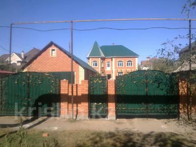 10-комнатный дом, 500 м², 11 сот., Ихшанова 37 за ~ 52.8 млн 〒 в Уральске