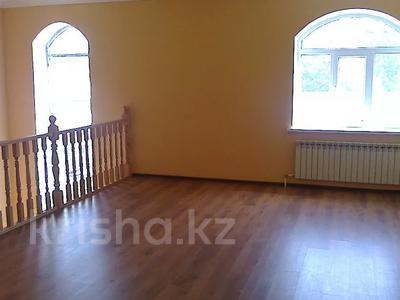 10-комнатный дом, 500 м², 11 сот., Ихшанова 37 за ~ 52.8 млн 〒 в Уральске — фото 7
