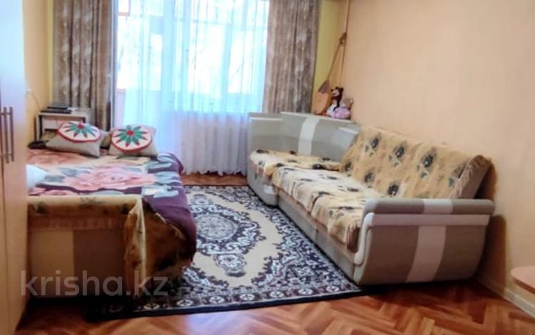 1-комнатная квартира, 33 м², 3/5 этаж, Михаэлиса 24 за ~ 10.8 млн 〒 в Усть-Каменогорске
