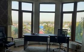 4-комнатный дом помесячно, 170 м², 5.5 сот., мкр Таусамалы 23 за 300 000 〒 в Алматы, Наурызбайский р-н