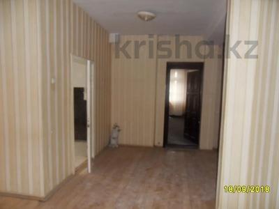 Здание, площадью 693 м², Санкибая 171Б — Сатбаева за 45.8 млн 〒 в Актобе, Новый город — фото 10