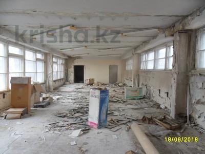 Здание, площадью 693 м², Санкибая 171Б — Сатбаева за 45.8 млн 〒 в Актобе, Новый город — фото 14