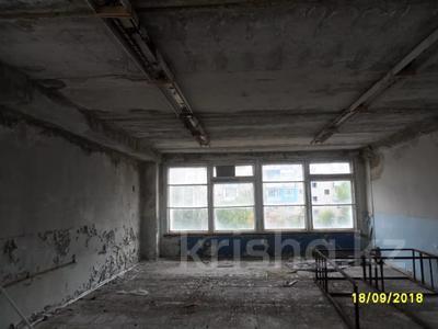 Здание, площадью 693 м², Санкибая 171Б — Сатбаева за 45.8 млн 〒 в Актобе, Новый город — фото 4