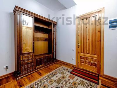 4-комнатная квартира, 110 м², 1 этаж помесячно, Иляева — Шаймерденова за 330 000 〒 в Шымкенте — фото 7