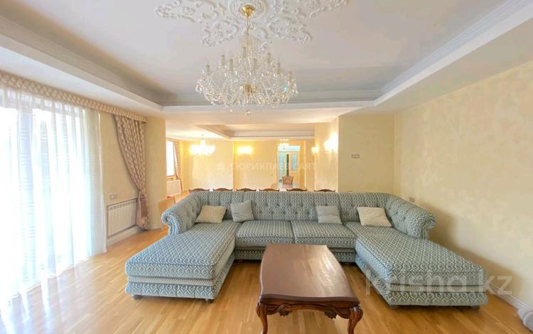 3-комнатная квартира, 270 м², 3/3 этаж помесячно, Таттимбета 91 за 800 000 〒 в Алматы, Медеуский р-н