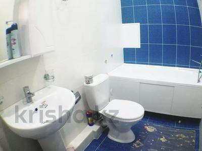 1-комнатная квартира, 50 м², 10/14 этаж посуточно, 17-й мкр, Центральная 7 за 10 000 〒 в Актау, 17-й мкр — фото 6