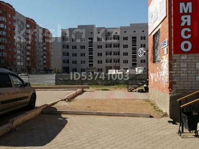Магазин площадью 57 м², Болашак 129г — Бокенбай батыра за ~ 13.4 млн 〒 в Актобе, Новый город — фото 9