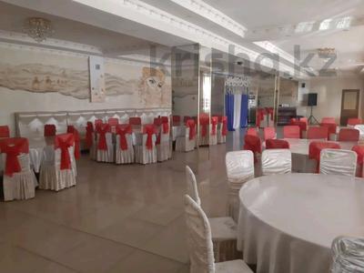 Здание, площадью 1700 м², улица Каблиса Жырау 194 за 500 млн 〒 в Талдыкоргане