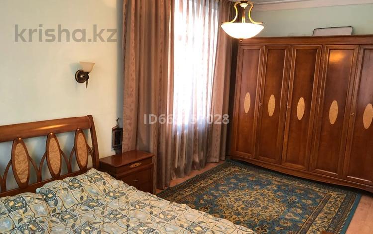 3-комнатная квартира, 76.5 м², 2/5 этаж, Едыге Би 82/1 за 20 млн 〒 в Павлодаре