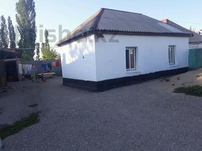 9-комнатный дом, 108 м², 17 сот., Кирпичный р-он 81,81а за 16 млн 〒 в Таразе