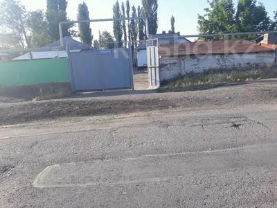 9-комнатный дом, 108 м², 17 сот., Кирпичный р-он 81,81а за 16 млн 〒 в Таразе — фото 5