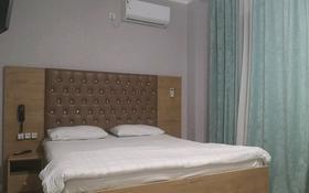 1-комнатная квартира, 72 м², 2/5 этаж посуточно, мкр Север за 6 000 〒 в Шымкенте, Енбекшинский р-н