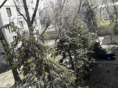 2-комнатная квартира, 50 м², 3/5 этаж помесячно, мкр Коктем-3 — Байзакова за 180 000 〒 в Алматы, Бостандыкский р-н