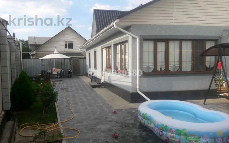 7-комнатный дом, 230 м², 5 сот., мкр Акбулак — Саина за 60 млн 〒 в Алматы, Алатауский р-н