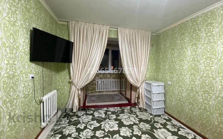 2-комнатная квартира, 50.6 м², 5/5 этаж, 8-й микрорайон, 8-й микрорайон 11 — Уркимбаева за 15 млн 〒 в Шымкенте, Абайский р-н
