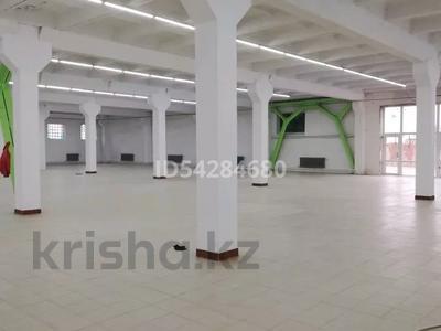 Магазин площадью 3000 м², 50 лет Октября 109 за 250 млн 〒 в Рудном