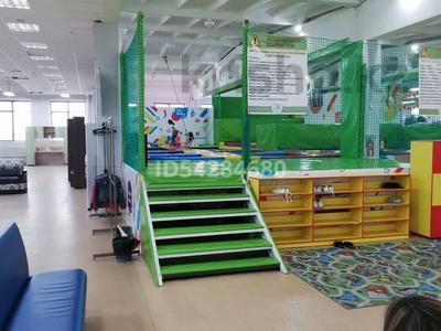 Магазин площадью 3000 м², 50 лет Октября 109 за 250 млн 〒 в Рудном — фото 10