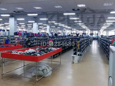 Магазин площадью 3000 м², 50 лет Октября 109 за 250 млн 〒 в Рудном — фото 8
