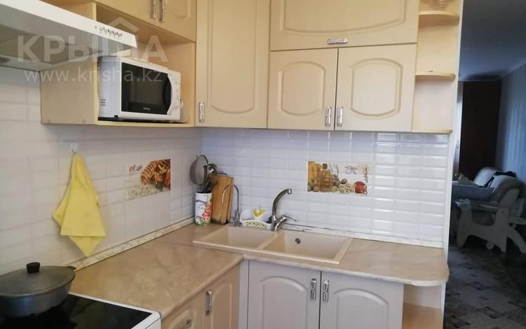 4-комнатная квартира, 78 м², 7/9 этаж, Язева за 21.5 млн 〒 в Караганде, Казыбек би р-н