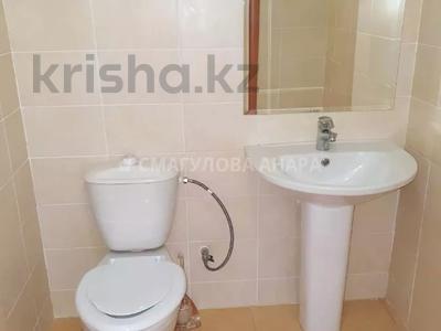 4-комнатная квартира, 140 м² помесячно, Шокана Валиханова 12 за 200 000 〒 в Нур-Султане (Астана) — фото 18