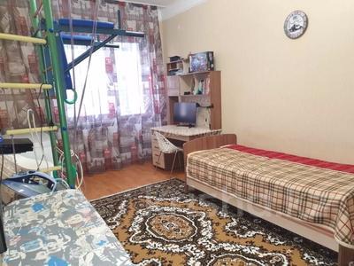 4-комнатная квартира, 140 м² помесячно, Шокана Валиханова 12 за 200 000 〒 в Нур-Султане (Астана) — фото 10