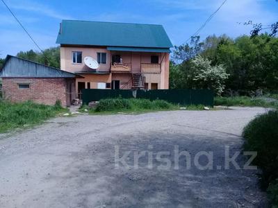 14-комнатный дом, 250 м², 8 сот., Байсеитовой 24 — Абылай хана за 19 млн 〒 в Талгаре — фото 2