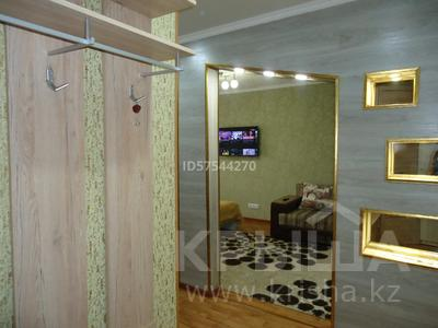 1-комнатная квартира, 41 м², 10/12 этаж посуточно, 15 микрорайон 20 за 6 000 〒 в Семее — фото 14
