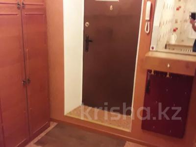 1-комнатная квартира, 37 м² по часам, Иртышская (Пивнофф) 11 — проспект Ауэзова за 1 000 〒 в Семее — фото 12