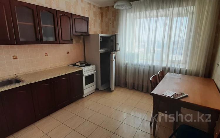 1-комнатная квартира, 40 м², 6/10 этаж, Култобе 11 за 12.5 млн 〒 в Нур-Султане (Астане), р-н Байконур