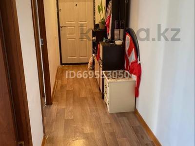 1-комнатная квартира, 44 м², 3/6 этаж, мкр Нурсая за 11.5 млн 〒 в Атырау, мкр Нурсая