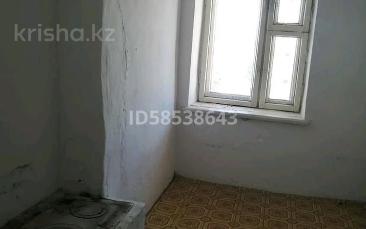 2-комнатная квартира, 50 м², 2/3 этаж, 18 подстанции 3 за 1.5 млн 〒 в Семее