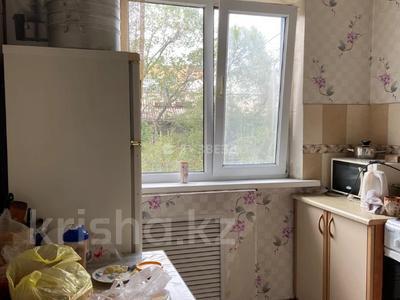 3-комнатная квартира, 58 м², 4/4 этаж, мкр №1, Мкр №1 53 за 18.5 млн 〒 в Алматы, Ауэзовский р-н — фото 7