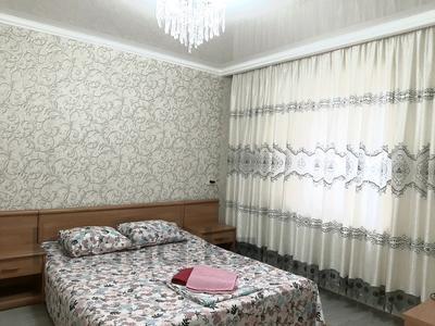 2-комнатная квартира, 69 м², 1/5 этаж посуточно, проспект Абая 159 за 10 000 〒 в Таразе — фото 12