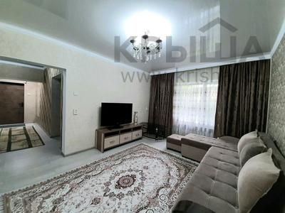 2-комнатная квартира, 69 м², 1/5 этаж посуточно, проспект Абая 159 за 10 000 〒 в Таразе — фото 3