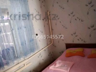 6-комнатный дом, 140 м², 15 сот., Багисбаева 112 за 15 млн 〒 в им. Турара рыскуловой