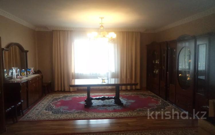 5-комнатный дом, 280 м², 20 сот., мкр Акжар за 100 млн 〒 в Алматы, Наурызбайский р-н