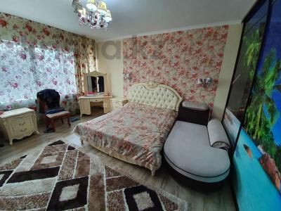 3-комнатная квартира, 82.8 м², 4/10 этаж, Манаса — проспект Абая за 40 млн 〒 в Алматы, Бостандыкский р-н — фото 9