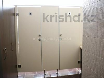 Здание, площадью 823.9 м², Макатаева 100 за 282 млн 〒 в Алматы, Алмалинский р-н — фото 46