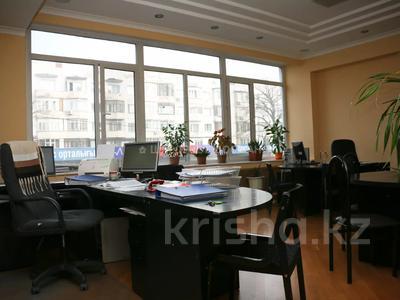 Здание, площадью 823.9 м², Макатаева 100 за 282 млн 〒 в Алматы, Алмалинский р-н — фото 54