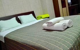 2-комнатная квартира, 80 м², 20/28 этаж посуточно, Кошкарбаева — Тауелсиздик за 15 000 〒 в Нур-Султане (Астана), Есиль р-н