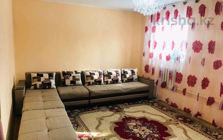 6-комнатный дом, 110 м², 6 сот., Самал 1( Туздыбастау) за 23 млн 〒 в Алматинской обл.