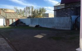 8-комнатный дом, 140 м², 10 сот., Самал 27 за 20 млн 〒 в Караганде